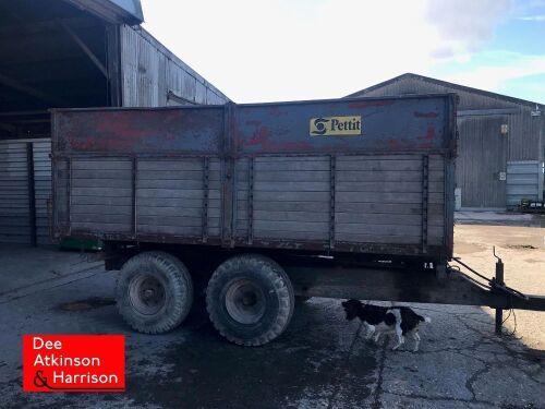 Pettit 8 ton Grain Trailer